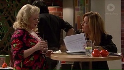 Sheila Canning, Terese Willis in Neighbours Episode 7192