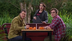 Mark Brennan, Naomi Canning, Kyle Canning in Neighbours Episode 7193