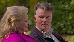 Sheila Canning, Russell Brennan in Neighbours Episode 7193
