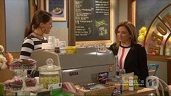 Paige Novak, Terese Willis in Neighbours Episode 7194