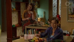 Sonya Mitchell, Amy Williams in Neighbours Episode 7196