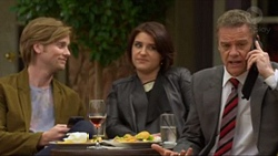 Daniel Robinson, Naomi Canning, Paul Robinson in Neighbours Episode 7197