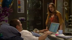 Toadie Rebecchi, Sonya Mitchell in Neighbours Episode 7197