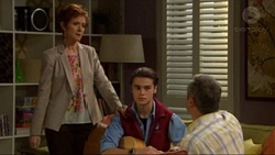 Susan Kennedy, Ben Kirk, Karl Kennedy in Neighbours Episode 7197