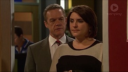 Paul Robinson, Naomi Canning in Neighbours Episode 7198
