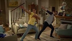 Aaron Brennan, Josh Willis in Neighbours Episode 7200