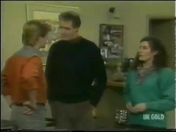 Clive Gibbons, Graham Gibbons, Kate Gibbons in Neighbours Episode 0302