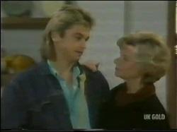 Shane Ramsay, Helen Daniels in Neighbours Episode 0302