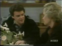 Paul Robinson, Helen Daniels in Neighbours Episode 0302