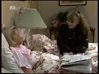 Helen Daniels, Debbie Martin in Neighbours Episode 1820