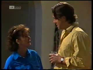 Pam Willis, Cameron Hudson in Neighbours Episode 1820