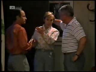 Benito Alessi, Cathy Alessi, Lou Carpenter in Neighbours Episode 1820