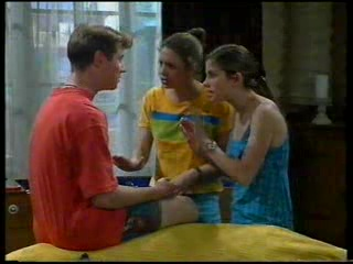 Lance Wilkinson, Hannah Martin, Anne Wilkinson in Neighbours Episode 3045