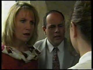 Ruth Wilkinson, Philip Martin, Hannah Martin in Neighbours Episode 3045
