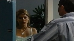 Izzy Hoyland, Karl Kennedy in Neighbours Episode 4677