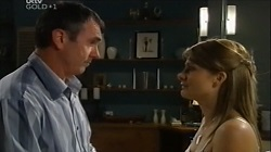 Karl Kennedy, Izzy Hoyland in Neighbours Episode 4677