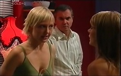 Sindi Watts, Karl Kennedy, Izzy Hoyland in Neighbours Episode 4705