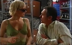 Sindi Watts, Karl Kennedy in Neighbours Episode 4705