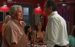 Lou Carpenter, Sheena Wilson, Karl Kennedy in Neighbours Episode 4705