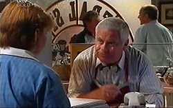 Bree Timmins, Lou Carpenter in Neighbours Episode 4709