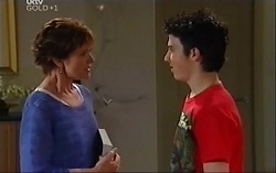 Susan Kennedy, Stingray Timmins in Neighbours Episode 4710
