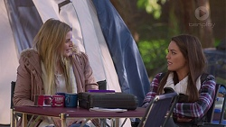 Amber Turner, Paige Novak in Neighbours Episode 7201