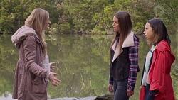 Amber Turner, Paige Novak, Imogen Willis in Neighbours Episode 7201