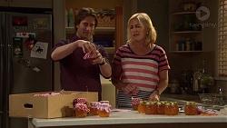 Brad Willis, Lauren Turner in Neighbours Episode 7201
