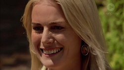 Lauren Turner in Neighbours Episode 7202