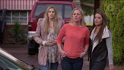 Amber Turner, Lauren Turner, Paige Novak in Neighbours Episode 7203