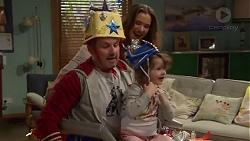 Toadie Rebecchi, Amy Williams, Nell Rebecchi in Neighbours Episode 7203