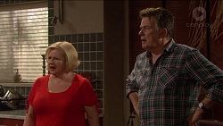 Sheila Canning, Russell Brennan in Neighbours Episode 7204