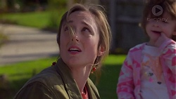Sonya Mitchell, Nell Rebecchi in Neighbours Episode 7204