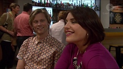 Daniel Robinson, Naomi Canning in Neighbours Episode 7205