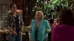 Kyle Canning, Sheila Canning, Naomi Canning in Neighbours Episode 7205