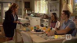 Terese Willis, Imogen Willis, Josh Willis in Neighbours Episode 7206