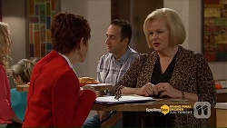 Susan Kennedy, Sheila Canning in Neighbours Episode 7206