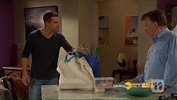 Mark Brennan, Russell Brennan in Neighbours Episode 7207