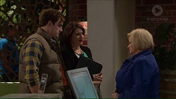 Kyle Canning, Naomi Canning, Sheila Canning in Neighbours Episode 7209