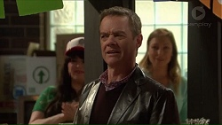 Paul Robinson in Neighbours Episode 7209