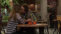 Amy Williams, Kyle Canning, Paul Robinson in Neighbours Episode 7209