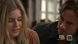 Amber Turner, Brad Willis in Neighbours Episode 7210