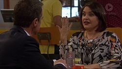 Paul Robinson, Naomi Canning in Neighbours Episode 7211