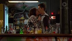 Naomi Canning, Josh Willis in Neighbours Episode 7211