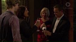 Daniel Robinson, Naomi Canning, Sheila Canning, Paul Robinson in Neighbours Episode 7213
