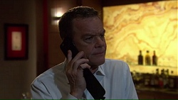 Paul Robinson in Neighbours Episode 7213