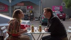 Sonya Rebecchi, Lucas Fitzgerald in Neighbours Episode 7218