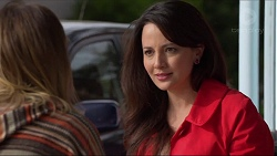 Sonya Rebecchi, Vanessa Villante in Neighbours Episode 7218