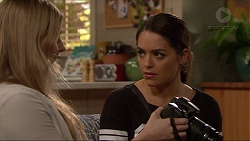 Amber Turner, Paige Novak in Neighbours Episode 7218