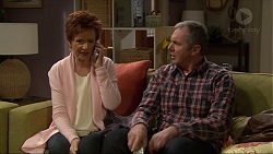 Susan Kennedy, Karl Kennedy in Neighbours Episode 7219